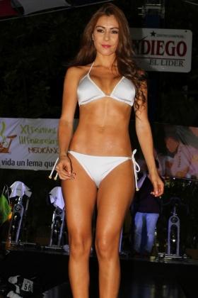 Modelos Paisas - Traje de baño St Even Bikini Triangular Blanco