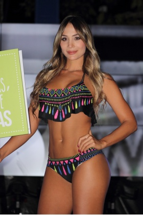 Modelos Paisas - Desfile Pasarela por la vida - Medellín