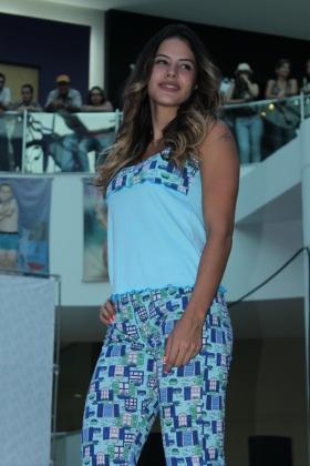 Modelo Lely - Pijama Capry