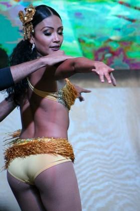 Bailarina de Salsa - Medellín
