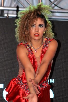 Salsa en Medellín - Bailarina