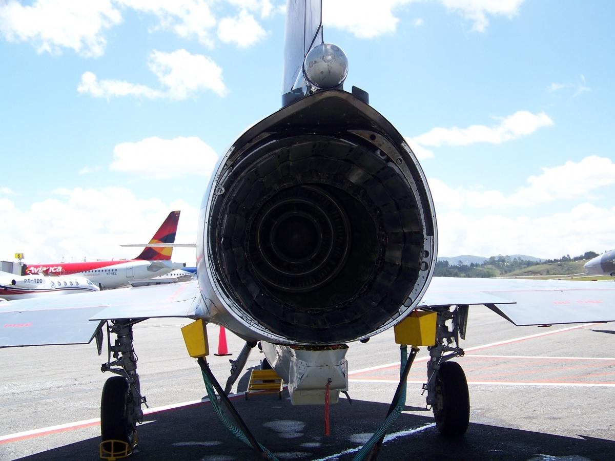 F-Air Colombia - F-Air 2013 - IAI Kfir o F-21A Lion - Vista posterior