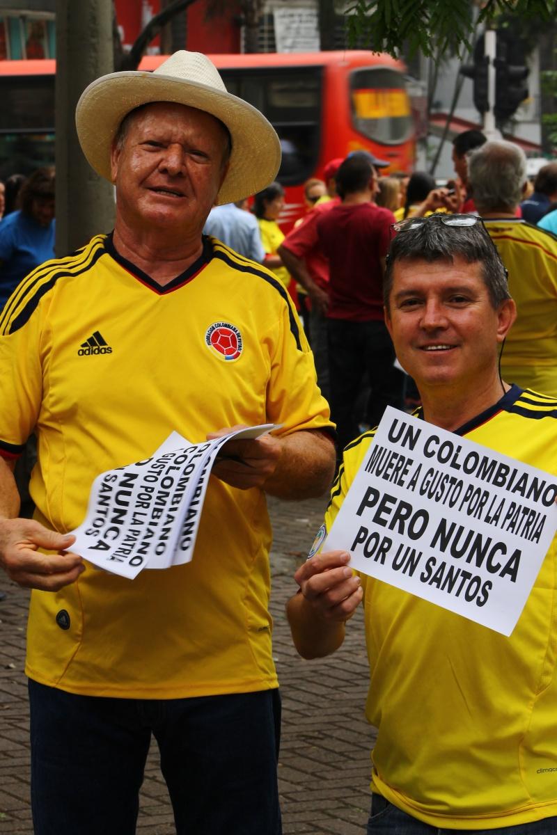 Marcha Abril 2 Medellín - Nunca por un Santos
