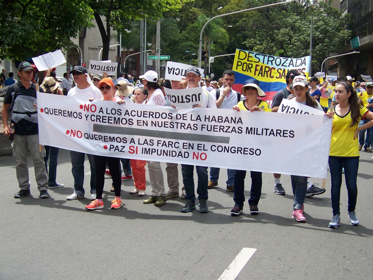 Urbano - No a los acuerdos de la Habana