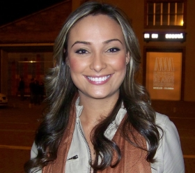 Mónica Jaramillo Presentadora Noticias Colombia