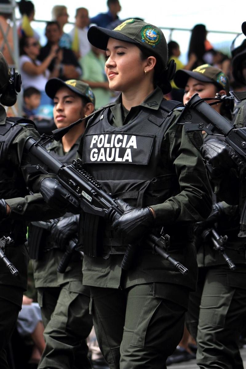 Urbano - 20 de Julio - Desfile Militar - Medellín