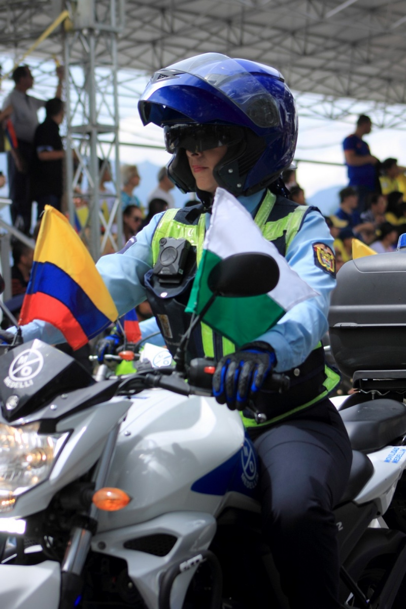 Urbano - 20 Julio - Desfile Militar - Medellín