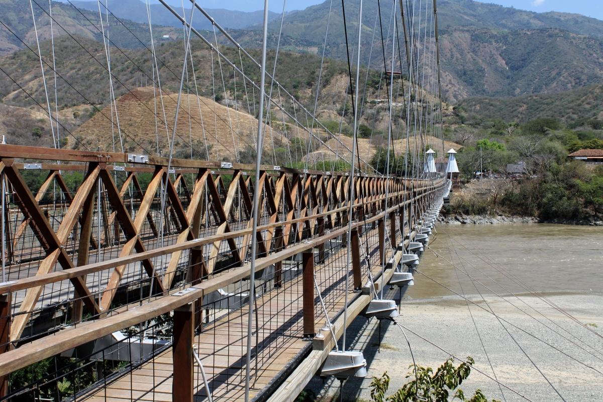 Urbano - Puente de Occidente - Santa Fe de Antioquia