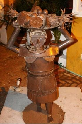 Escultura - Palenquera - Cartagena - Colombia
