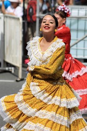 Feria de las Flores - Desfile de Silleteros - Comparsa