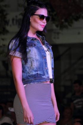 Modelos Paisas - Desfile Athenea Models - Manuela Hernández